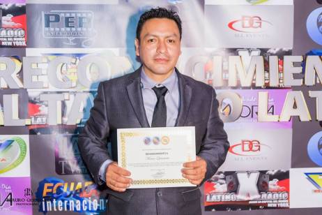 Reconocimiento a la Prensa entregado por LAZ TV AWARDS