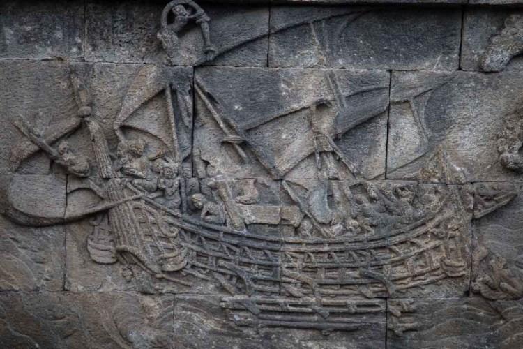 婆羅浮屠牆面上,有許多的關於航海的浮雕