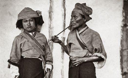 在约翰·汤姆森 (John Thomson) 镜头下 19 世纪末的台湾原住民