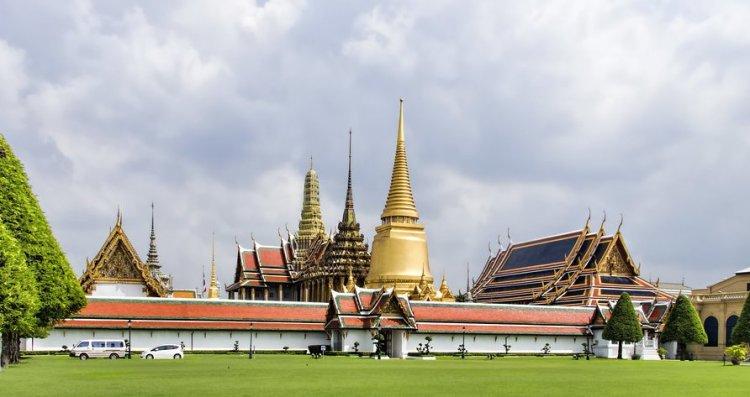 玉佛寺 (Wat Phra Kaew)