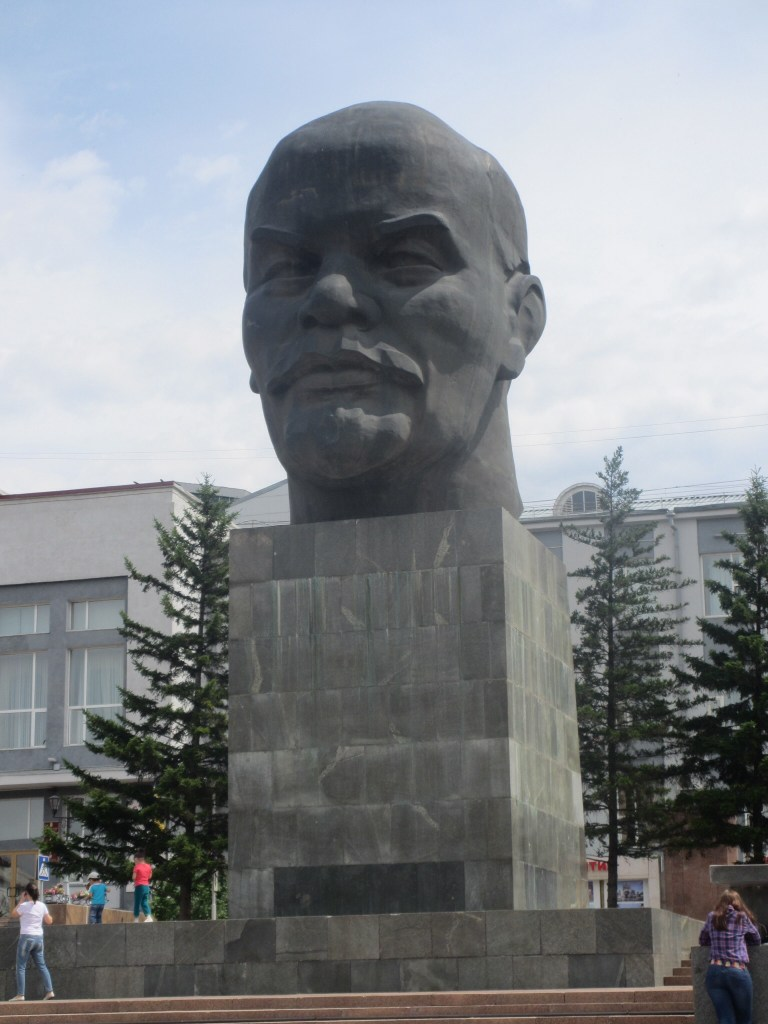 Worlds biggest Lenin's head, in Ulan Ude
