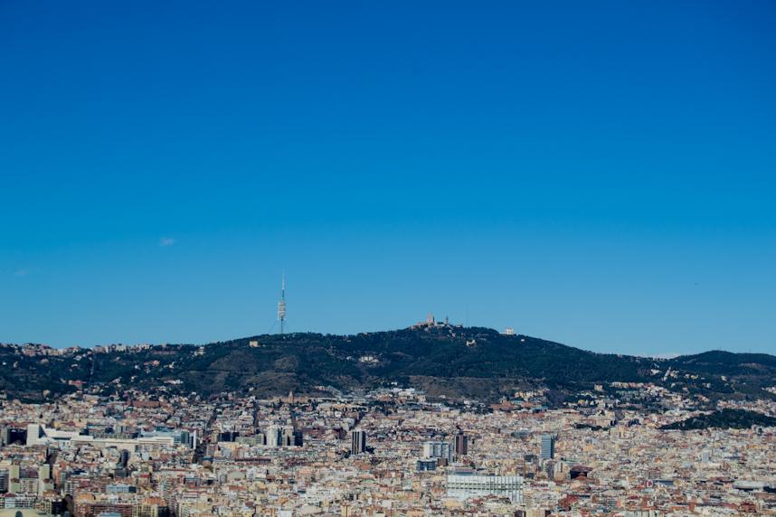 Barcelona-Un-domingo-cualquiera-vista-desde-Castillo-de-Montjuïc