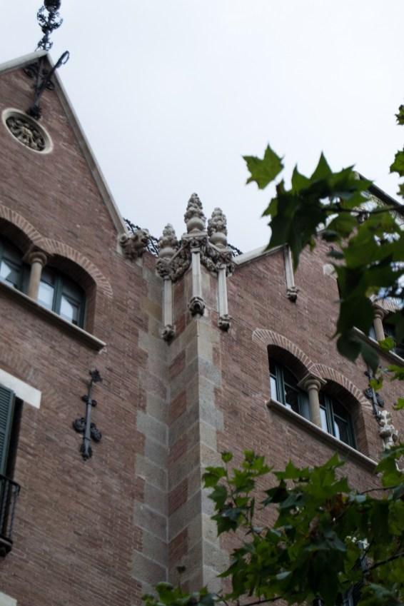 La Casa de Les Punxes Barcelona Modernista9