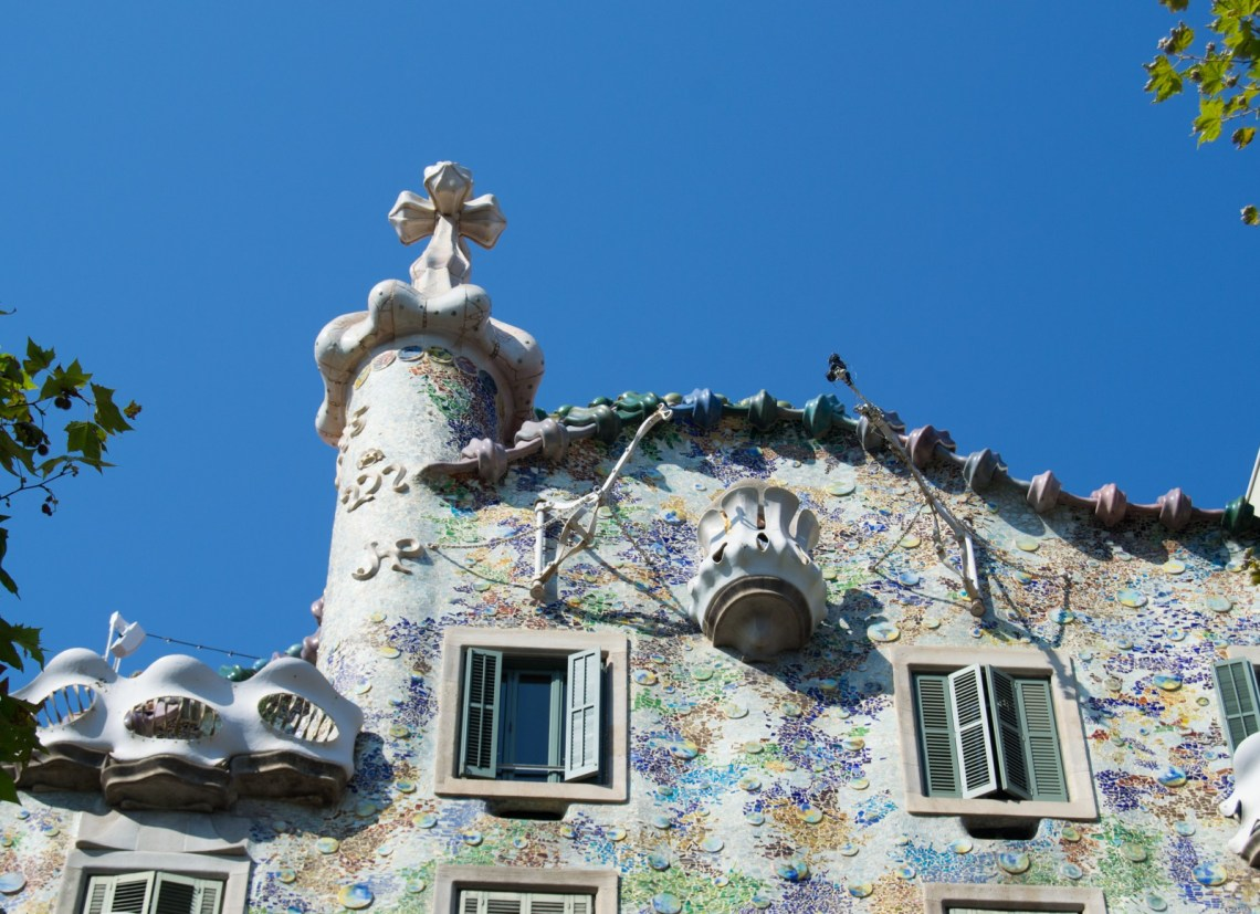 La Casa Batlló de Antoni Gaudí en Barcelona Mrandmslemon.com