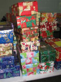 Christmas toy shoeboxes