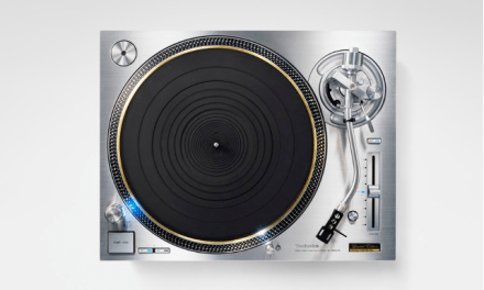 Panasonic brings back Technics SL-1200 turntable