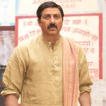 Mohalla Assi Movie First 1st Friday Box Office Collection Business Income Prediction