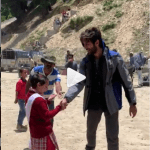 KARTIK AARYAN PLAYING WITH HIS NEW BFF-WATCH NOW