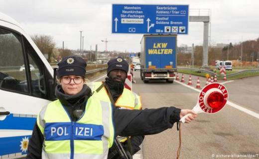 المانيا تعلق برنامج استقبال اللاجئين مع تركيا بسبب كوفيد-19