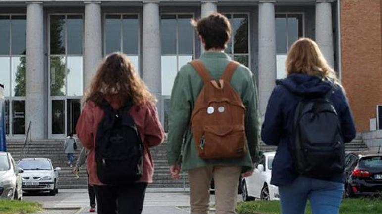 الطلبة المغاربة بالسنغال لازالوا مقيمين بالأحياء الجامعية رغم إغلاقها