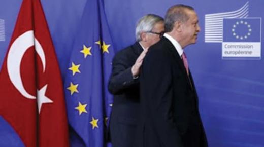 """تركيا تنفي استخدام المهاجرين من اجل""""ابتزاز"""" الاتحاد الاوروبي"""