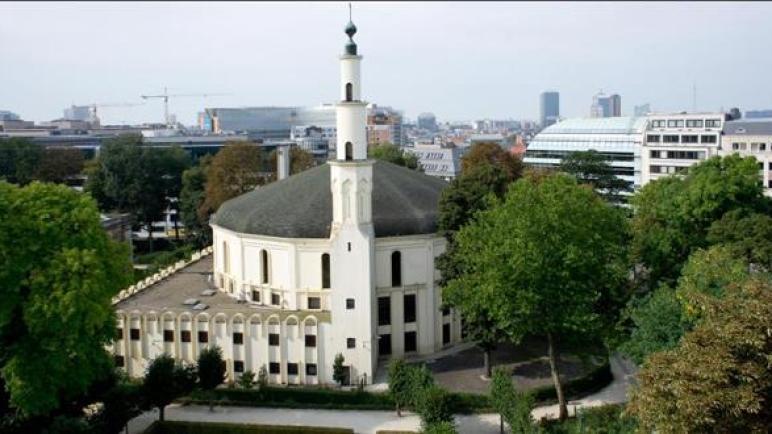 فيروس كورونا.. الهيئة التنفيذية لمسلمي بلجيكا تفرض إغلاق المساجد