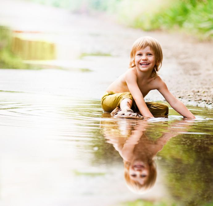 MrFox-boy-muddy-puddle