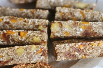 Healthy Lunch Box Ideas Holly Bell Tropical Oat Bars