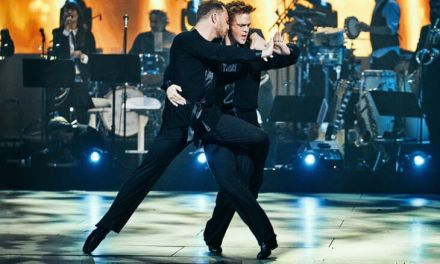 "First same-sex couple wins ""Dancing with the Stars"""