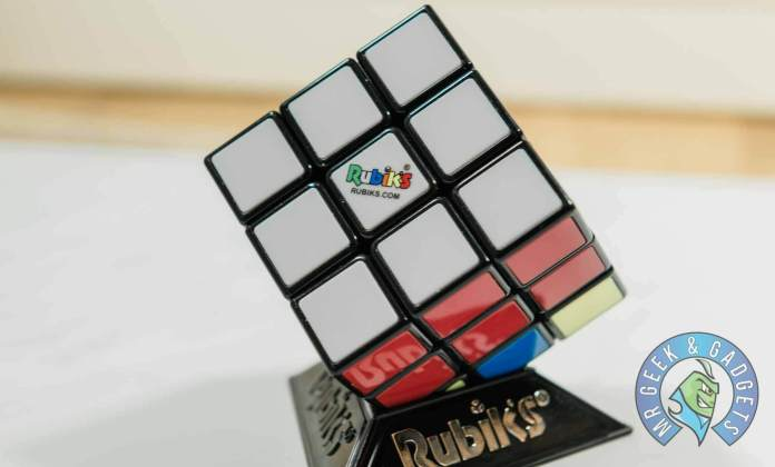 White Side Completed with Middle Row Completed | How to Solve a Rubik's Cube