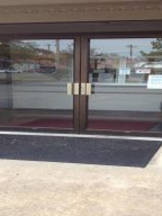 residential glass repair services in salisbury