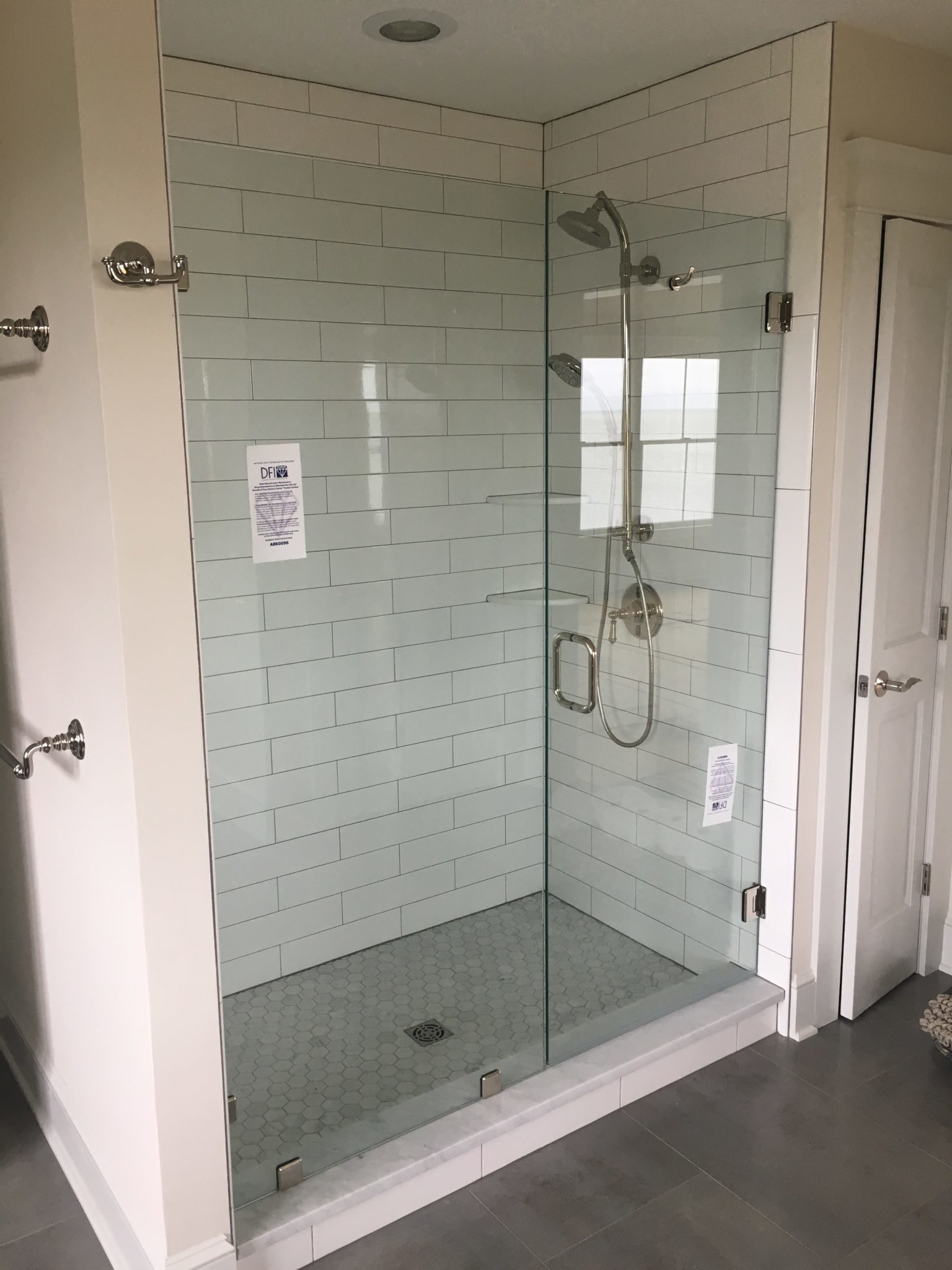 A New Shower Enclosure Creates a Spa Retreat - Everything Glass.