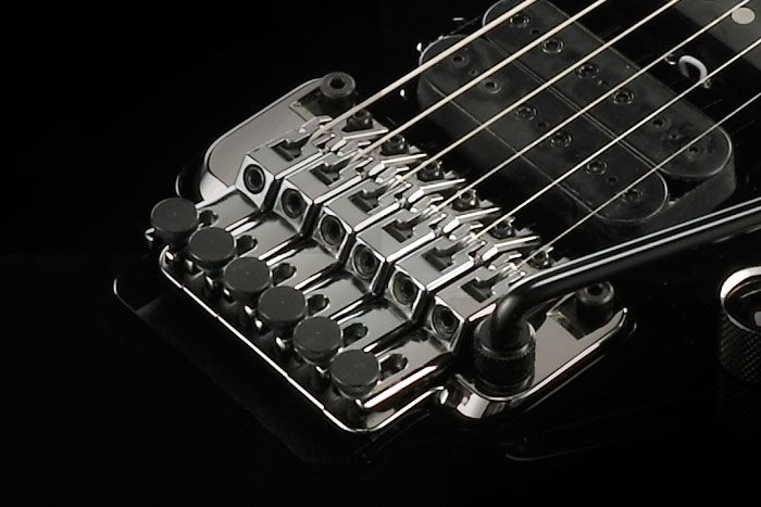 Edge-Zero II tremolo bridge