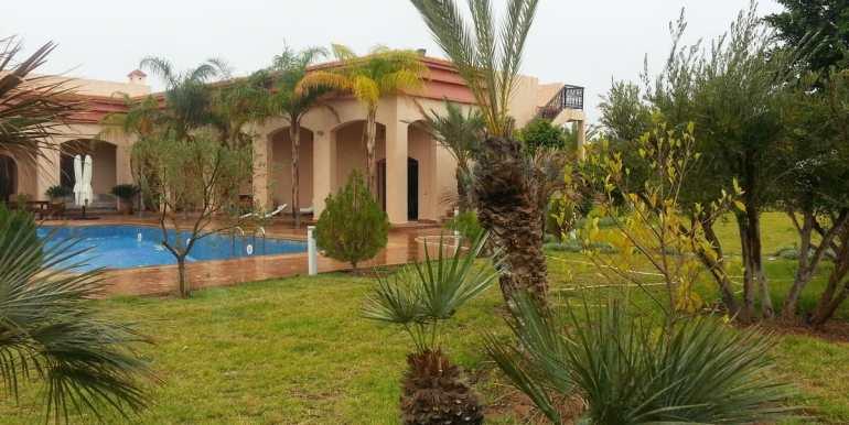villa meublé a vendre sur la route de fes marrakech