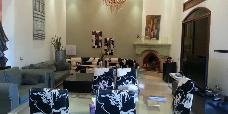 villa meublé a vendre sur la route de fes marrakech1