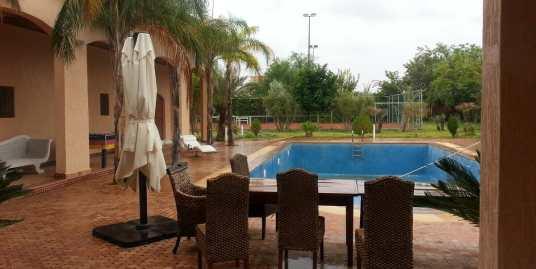 villa meublée a vendre sur la route de fes marrakech