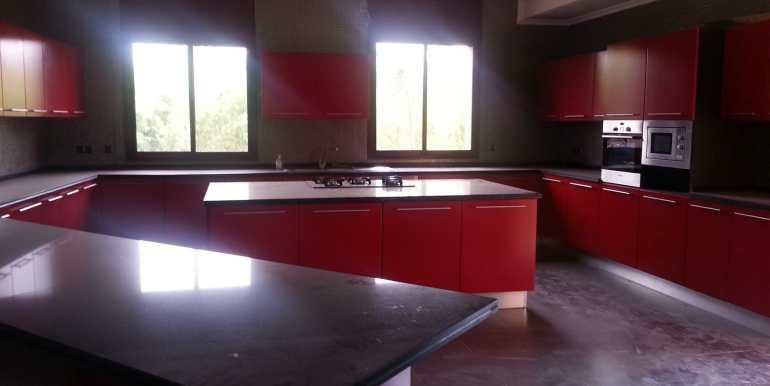 Villa à vendre au quartier agdal Marrakech1