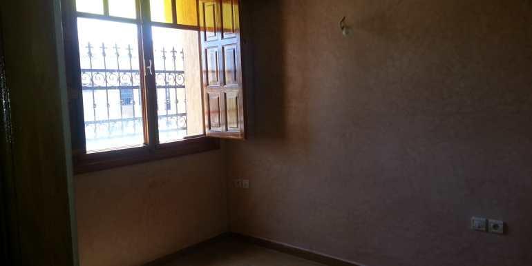 Achat d'une villa sur la route de Fes à Marrakech-2