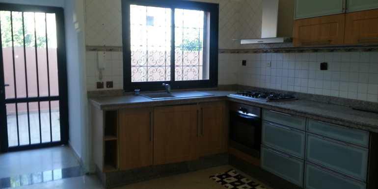 Villa à louer pour longue durée sur la route de casa Marrakech-3