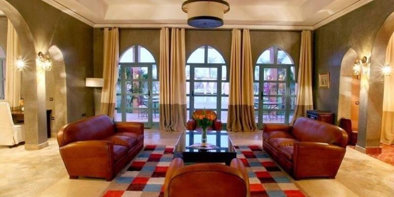 Villa de prestige à vendre au palmeraie marrakech-2