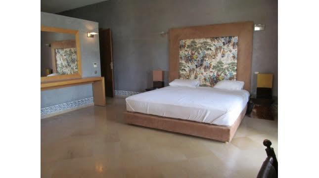villa à vendre sur domaine amelkis marrakech proche de Golf-11