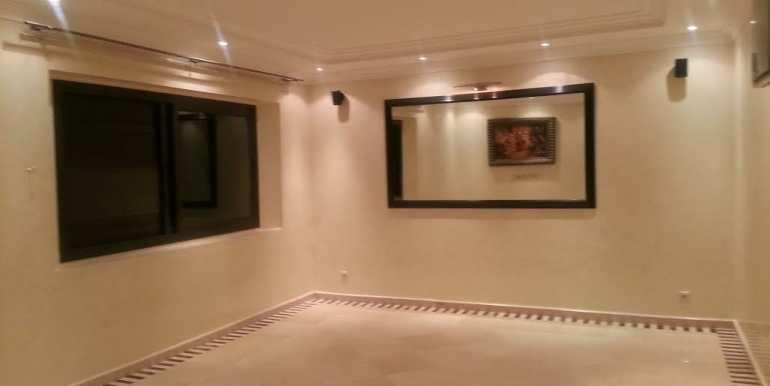 Duplex vide à louer pour longue durée à gueliz Marrakech-10