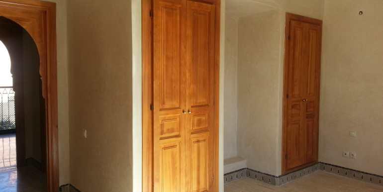 Villa vide sur la route de casa marrakech (5)