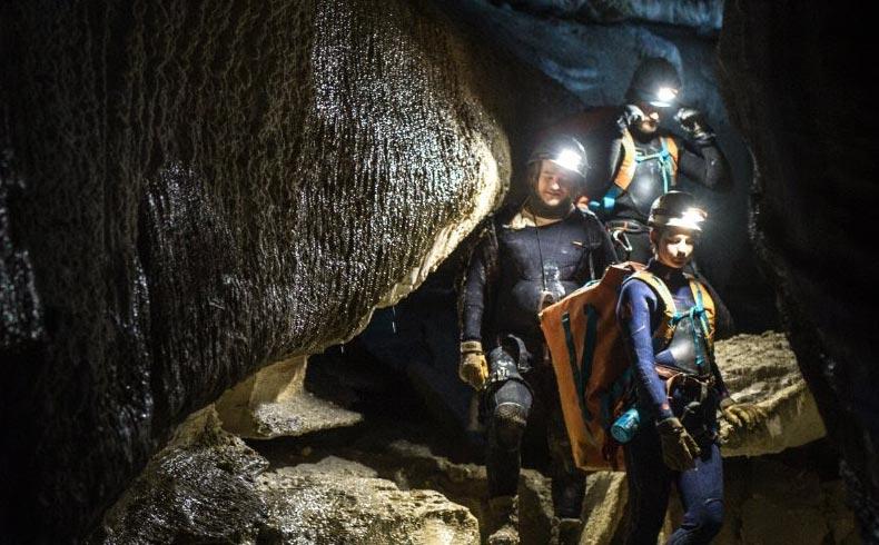 cave-magara