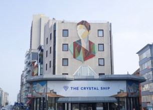 The Crystal Ship Oostende MRJLN