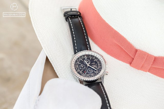 Cappello Panama (Panama hat)  Sabot white (loafers)  Breitling Navitimer 1461 48MM watch