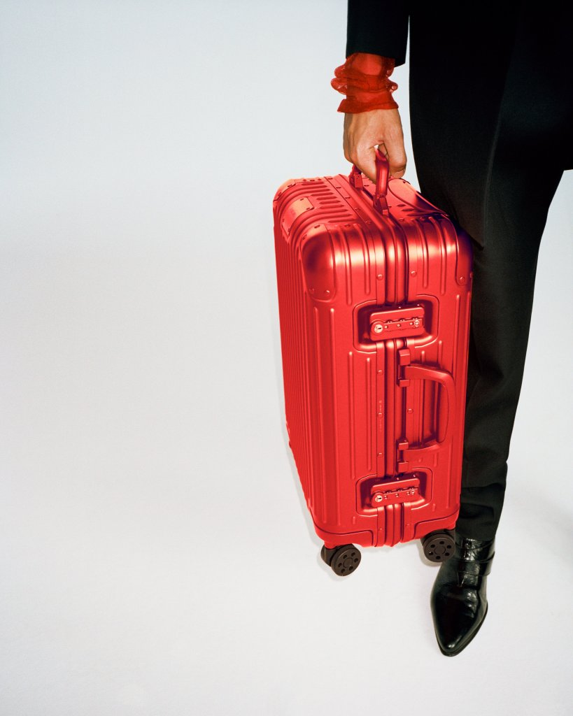 Rimowa Original caryy-on, in Scarlet