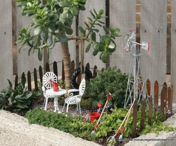 Must have miniature garden accessories