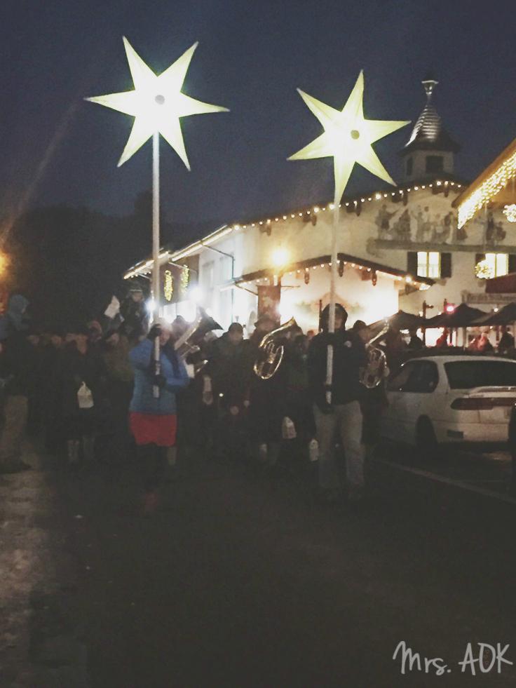 Christkindlemarket Parade Leavenworth WA