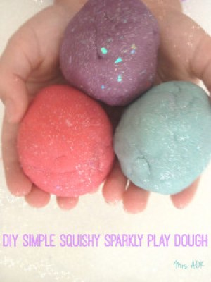 Simple Squishy Sparkly play dough