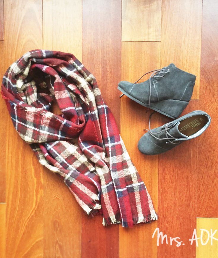 my-2nd-stitch-fix-box-alpine-wrap-scarf-and-toms-wedge-booties