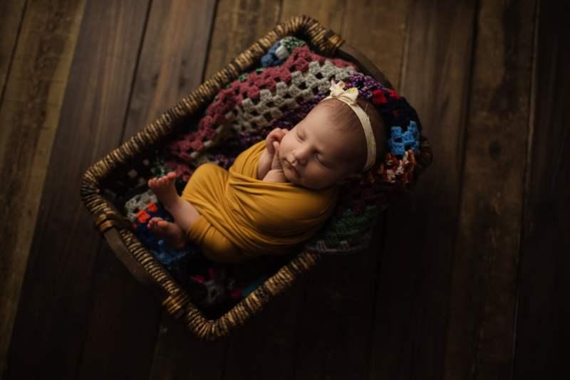 En mysig nyföddfotografering med Neia 6