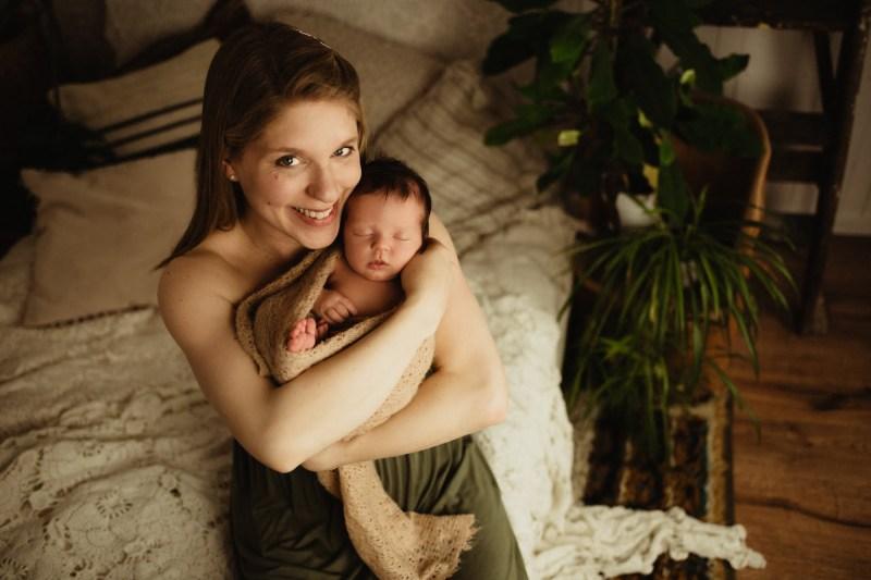 Nyföddfotografering Stockholm Uppsala - Amanda 14