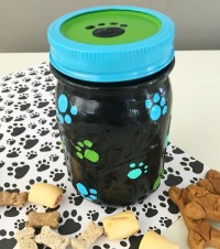 DIY Craft Idea Dog Treat Jar inspired by The Secret Life of Pets