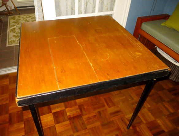Mrs. Padilly's Vintage Singer Featherweight Folding Table