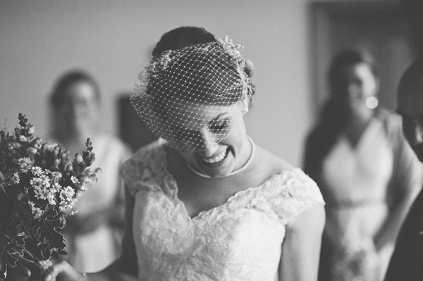 key reflections photography, bride and bouquet, birdcage veil