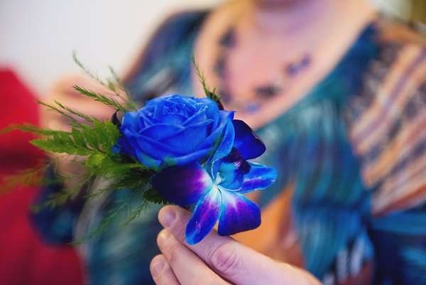 winter wedding, church wedding, julie anne images, anglo dutch wedding , church hall reception, dutch decor, groom buttonhole, blue flower