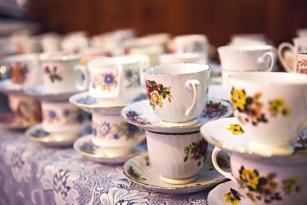 winter wedding, church wedding, julie anne images, anglo dutch wedding , church hall reception, dutch decor, vintage tea cups