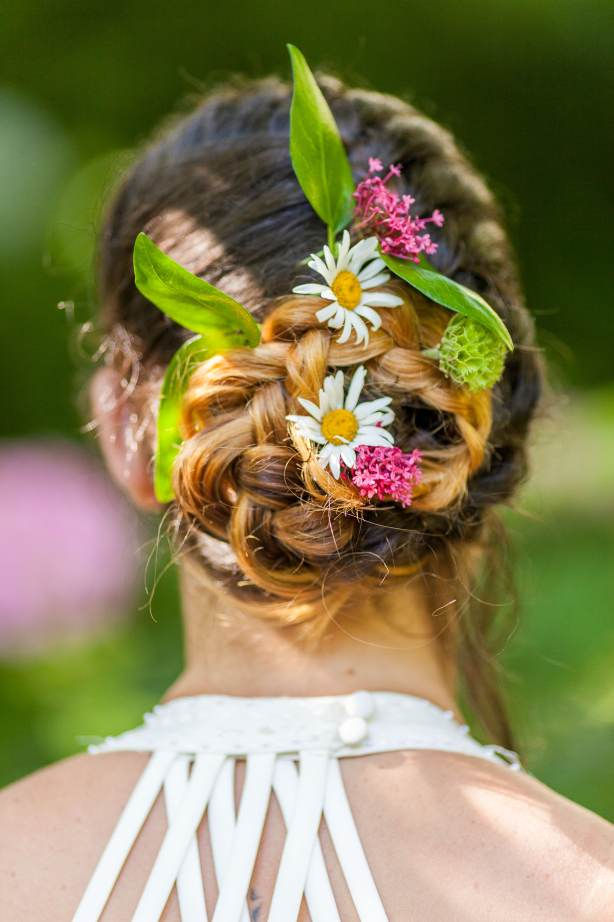 Chris Cowley Photography, bride, flowers in hair, eco friendly shoot, ethical wedding, recycled wedding
