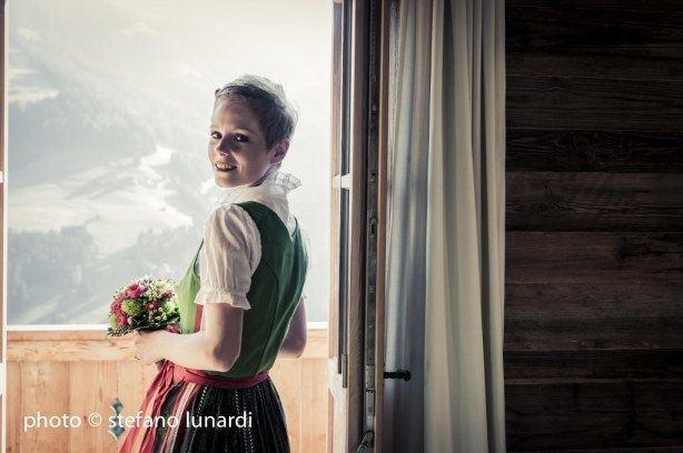 2 people 1 life, stefano lunardi photo, austrian mountains, lisa, traditional austrian dress